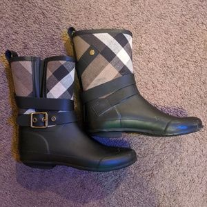 Burberry Check Ankle Rainboots